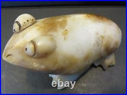 S38 Vintage Carved Oriental Chinese White Jade Stone Frog Toad Fully Footed