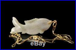Vintage Chinese Carved White Green Jade Fish 14k Gold Pendant Necklace A29998